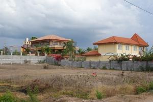 Near Beach (w/access to the Beach), Neighborhood of Expats, Bacnotan, La Union