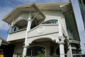 Roomy & Elevated Home, Central West, Bauang, La Union